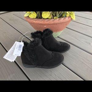Gap Toddler Black Booties - NEW!
